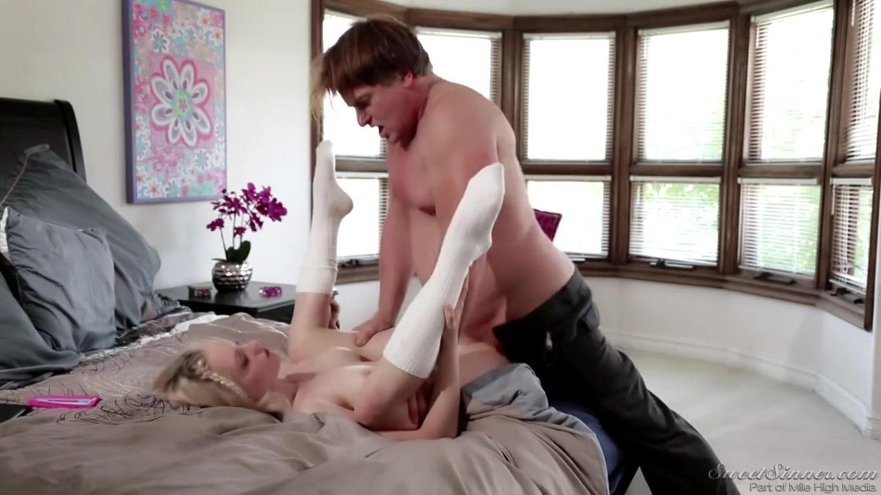 Совратила на секс папу своего парня
